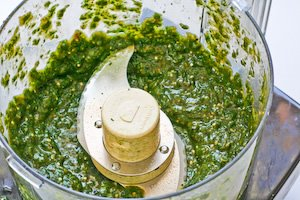 Cafe Rio Style Creamy Tomatillo Salad Dressing | i FinD Recipes Online